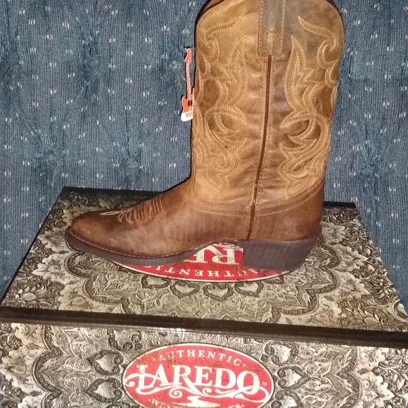 Laredo Womens Maddie Western Cowboy Boots Distressed Leather Round Toe Tan